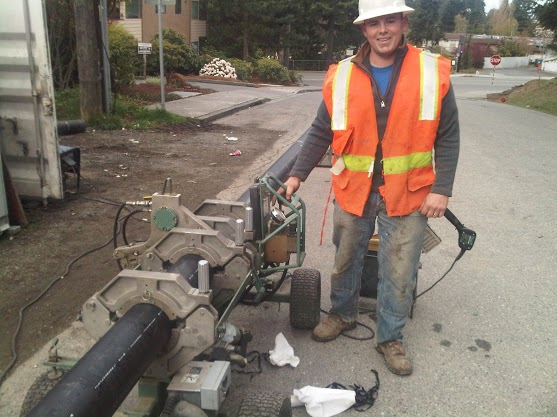 budget sewer employee trenchless sewer repair